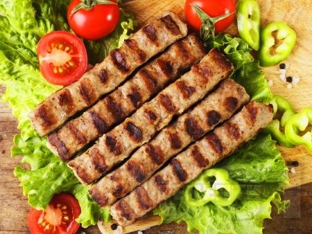 Класическа рецепта за кебапчета на скара - снимка на рецептата